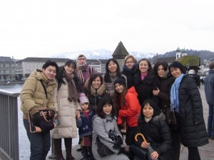Internationale Gruppe bei der Stadtbesichtigung im Februar 2013
